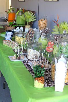 table display ... love the animal crackers idea.