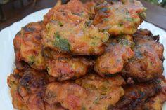 *Ντοματοκεφτέδες -Αλλο πράγμα η γεύση τους !!! ~ ΜΑΓΕΙΡΙΚΗ ΚΑΙ ΣΥΝΤΑΓΕΣ Greek Recipes, Tandoori Chicken, Food And Drink, Cooking, Ethnic Recipes, Meatball, Lent, Cooking Recipes, Kochen