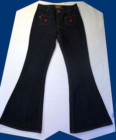 Sold JNCO WOMEN'S BELL BOTTOM JEANS SIZE 5