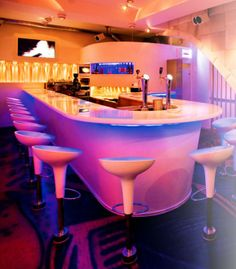 Soho Bar is the cocktail hotspot of Rotterdam that is innovative, trendsetting and yet accessible. Cocktails are made with fresh products only. The exclusive styling, the professional bartenders, the vibrant music and the ultimate lounge terraces make Soho irresistible.