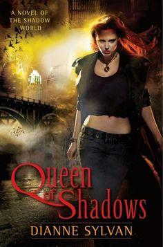 Queen of shadows de Dianne Sylvan-Saga Shadow World 1