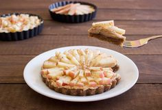 Peanut Butter Apple Tarts | Handful of Raspberries