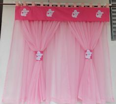 Cortina Infantil, voil rosa, bando de algodão.