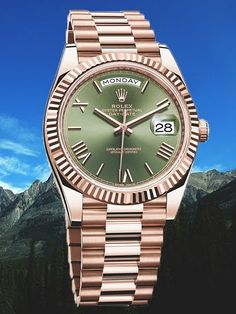 To honor the 60th anniversary of the presidents' watch, Rolex released the Day-Date 40 model in Everose gold and white gold with an olive green dial, the watchmaker's signature color. Powered by a Calibre 3255 manufactured in-house by Rolex, this Superlative Chronometer has a power reserve of 70 hours and functions with a precision of -2/+2 seconds per day. Its 40 millimeter case size brings this classic dress watch into the 21st century while preserving the sophistication that has made…