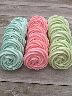 Rose Meringue Cookies, Meringue Kisses, Cupcake Cookies, Yummy Cookies, Cupcakes, Wedding Desserts, Pink Desserts, Easter Desserts, Holiday Desserts