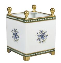 Bernardaud's Marie-Antoinette Collection includes a cachepot Decorative Accents, Decorative Boxes, Barbeau, Madame Du Barry, Google Art Project, Palace Of Versailles, Writing Table, National Gallery Of Art, Marie Antoinette