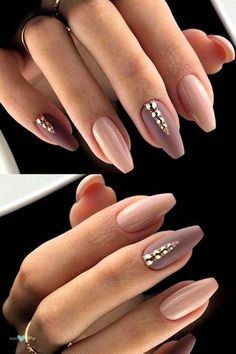 Nail designs that are the definition of nail art. They will definitely wow you. Get inspired by these snatching nail designs straight off the 2018 fashion week runway. Show off your hands with nails on point! Simple Nail Art Designs, Gel Nail Designs, Beautiful Nail Designs, Cute Nail Designs, Beautiful Nail Art, Cute Nails, Pretty Nails, Hair And Nails, My Nails
