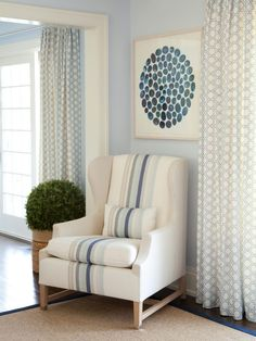 hexagon drape + striped chair (Amanda Nisbet)