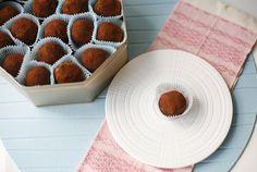 Bolitas de galletas con leche condensada / Cookies balls