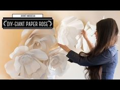 DIY How to Make a Giant Paper Flower Backdrop - Rose/ Mural de Flores de Papel Gigantes Rosa - YouTube