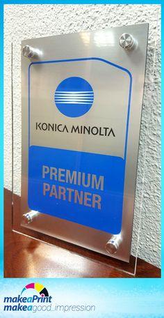 """Hace poco la prestigiosa marca Konica Minolta nos ha asignado el status de """"Premium Partner. Así podemos ofrecer mejor servicio técnico y mejores precios a nuestros clientes en toda la gama de productos Konica par la oficina. Esto se une a nuestro estado de Servicio Oficial Samsung. Lo que nos hace crecer como empresa y mejorar como servicio integral en vuestro día a día."""