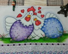 Guardanapo Casal Galinha Galo Cow Painting, Fabric Painting, Stone Painting, Chicken Crafts, Chicken Art, Sennelier Oil Pastels, Painted Trash Cans, Chicken Drawing, Chicken Quilt
