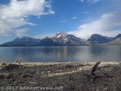 Lakeshore Trail in Grand Teton National Park. The views across Jackson Lake to the Tetons from the Lakeshore Trail are totally spectacular on this short hike. Mt. Moran is especially stunning.
