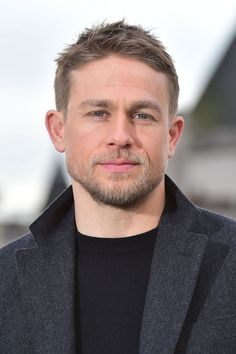02/16/17 - 'Lost City of Z' London Photocall - 027 - Charlie Hunnam FAN | charlie-hunnam.net | charliehunnamfan.com |