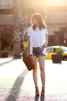 30 Ways to Wear Denim Cutoff Shorts | StyleCaster
