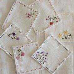 Embroidery Stitches Patterns Free rather Embroidery Stitches Applique other Japanese Embroidery Sashiko Patterns Handkerchief Embroidery, Sashiko Embroidery, Simple Embroidery, Embroidery Transfers, Japanese Embroidery, Vintage Embroidery, Embroidery Art, Embroidery Sampler, Embroidery Boutique