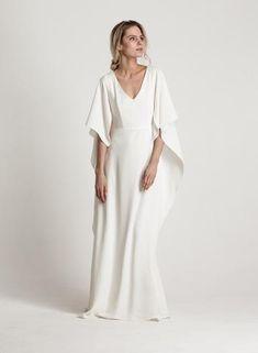 KATRI NISKANEN Bridal Moon River, Bridesmaid Dresses, Wedding Dresses, Fashion Designers, Formal Dresses, Wedding, Bridesmade Dresses, Bride Dresses, Dresses For Formal
