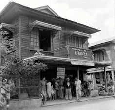 Vintage Pictures, Old Pictures, Philippine Architecture, Filipiniana, Mindanao, Wooden Ship, Spanish Colonial, Pinoy, Manila