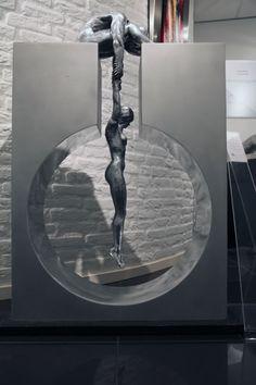 Bronzen beelden : Lorenzo Quinn