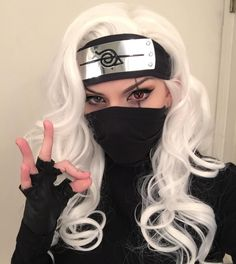 Cosplay: This is a word having it's root in costume play. It really is both a noun plus a verb. Sasuke Cosplay, Deku Cosplay, Cosplay Diy, Cute Cosplay, Cosplay Makeup, Amazing Cosplay, Cosplay Outfits, Cosplay Girls, Anime Cosplay