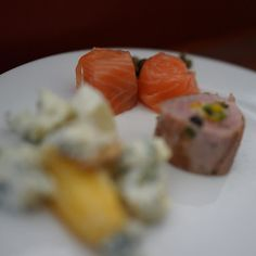 #breakfast #salmon #yummy #cool #nice #beautiful #love #photooftheday #awesome #amazing