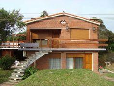Puedes vivir en una bella casa en La Aguada.  #LaAguada  #Alquiler  #CasasenelEste #Uruguay