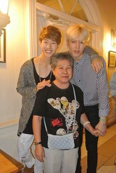 So cute >.< Mark and Yugyeom with BamBam's grandma