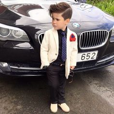 Check out our exclusive list of stylish baby names 2016 for sweet girls and cute boys. Stylish Little Boys, Little Man Style, Toddler Boy Fashion, Little Boy Fashion, Fashion Kids, Toddler Boys, Cute Boy Outfits, Toddler Outfits, Boys Formal Wear