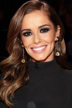 Cheryl With Glossy L'Oreal Waves - Cheryl Cole's Hair History