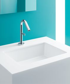 Embrace a sophisticated look with Verticyl, featuring vertical sides for a deep, geometric basin.