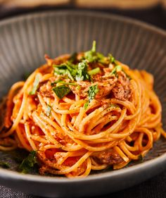 Bacon, Spaghetti, Ethnic Recipes, Kitchen, Food, Cooking, Kitchens, Essen, Meals