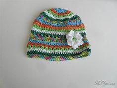 Baby Mütze Sommer, gehäkelt aus 100% Deutscher Qualitätswolle Baumwolle, vegan mit Blümchen Applikation, bunt von LiMariann auf Etsy