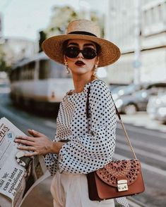 21 Stylish Outfits With Boater Hats Outfits With Hats, Outfits For Teens, Stylish Outfits, Cute Outfits, Fashion Outfits, Cheap Fashion, Dress Outfits, Fashion Ideas, Mode Chic