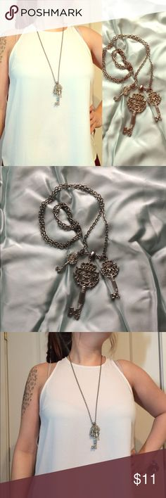 "❤️SALE• Long key necklace 🔑 Fancy skeleton key necklace on long chain. Large key is 2 1/2"" tall, small key is 1"" tall. Chain is 14"" long Forever 21 Jewelry Necklaces"