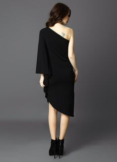 Moon dress with fine breathable leatherin front