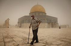 Large sandstorm hits the Middle East – in pictures | World news | The Guardian