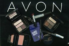 #AvonMakeup backstage at the Dennis Basso Fall/Winter 2015 #NYFW show.