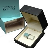 Custom Slide Box & Crystal Flash Drive #custom #flashdrive #photographers #luxury #packaging #wedding #branding #reveal