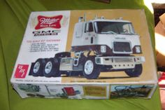 VINTAGE  MILLER HIGH LIFE BEER GMC ASTRO SEMI TRUCK MODEL KIT AMT 1/25 SCALE  #amt