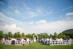 Outdoor wedding at Meijer Gardens in Grand Rapids, Michigan. (Photo by Emily Rae Photography)