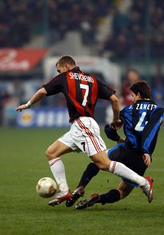 Sort of fitting that he's battling another legend of the game (even if said legend is on the wrong side of Milan) Shevchenko. Milan