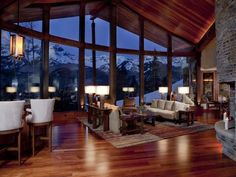 Log home in the Rocky Mountains. Breathtaking view!