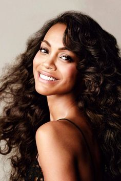 Designer Clothes, Shoes & Bags for Women Zoe Saldana, Pretty People, Beautiful People, Beautiful Females, Celebrity Beauty, Beautiful Celebrities, Supermodels, My Hair, Hollywood