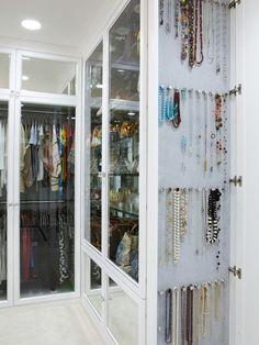 Rangement des bijoux dans le dressing