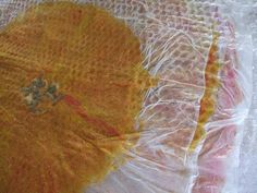 Felters Journey: Tutorial raffleshttp://feltersjourney.blogspot.co.uk/2011/10/helenium-cushion-process-pics.html