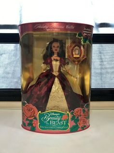1997 Disney Beauty and the Beast Princess Belle. Special Edition new in box never opened, in great condition. Mattel Dolls, Princess Belle, Disney Beauty And The Beast, Vintage Barbie, Snow Globes, Packaging, Toys, Holiday, Activity Toys