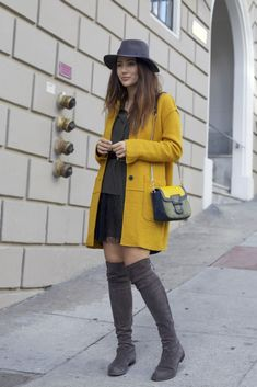 Check out my first look from San Francisco, wearing Zara, Maison Michel and Stuart Weitzeman. My favourite colour combination: mustard and grey