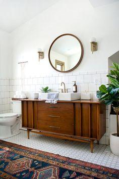 Bathroom Sink Vanity, Boho Bathroom, Bathroom Floor Tiles, Bathroom Wallpaper, Bathroom Interior, Small Bathroom, Bathroom Ideas, 1950s Bathroom, Bathroom Mirrors