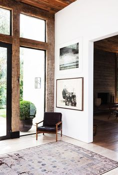 The Most Outstanding Celebrity Foyers via @MyDomaine