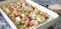 Brambory alla carbonara | NejRecept.cz No Salt Recipes, Cooking Recipes, Modern Food, Tasty, Yummy Food, Malu, Paleo Dinner, Kefir, One Pot Meals